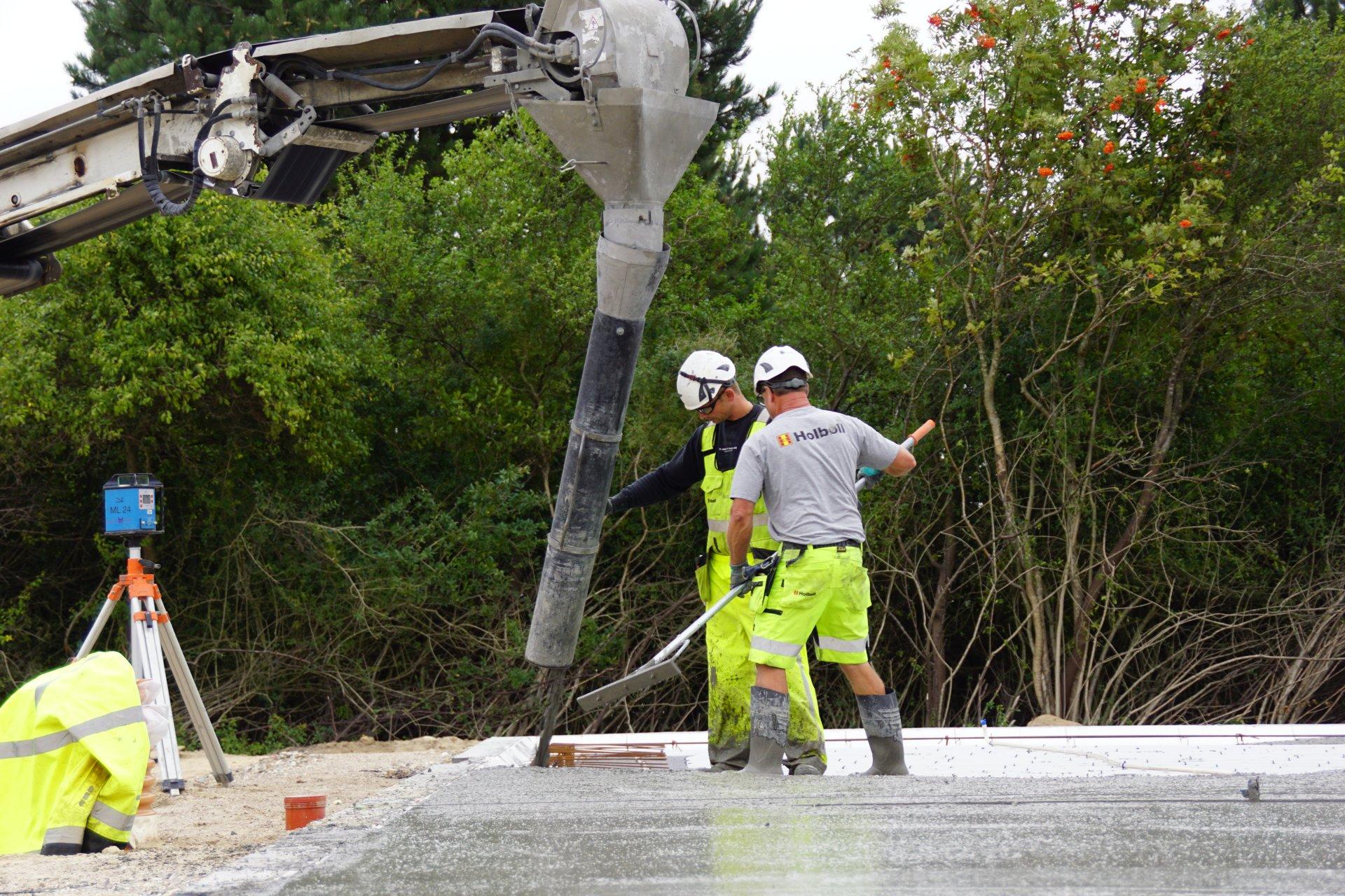 Beton-arbejde | Terrændæk støbes | Holbøll A/S